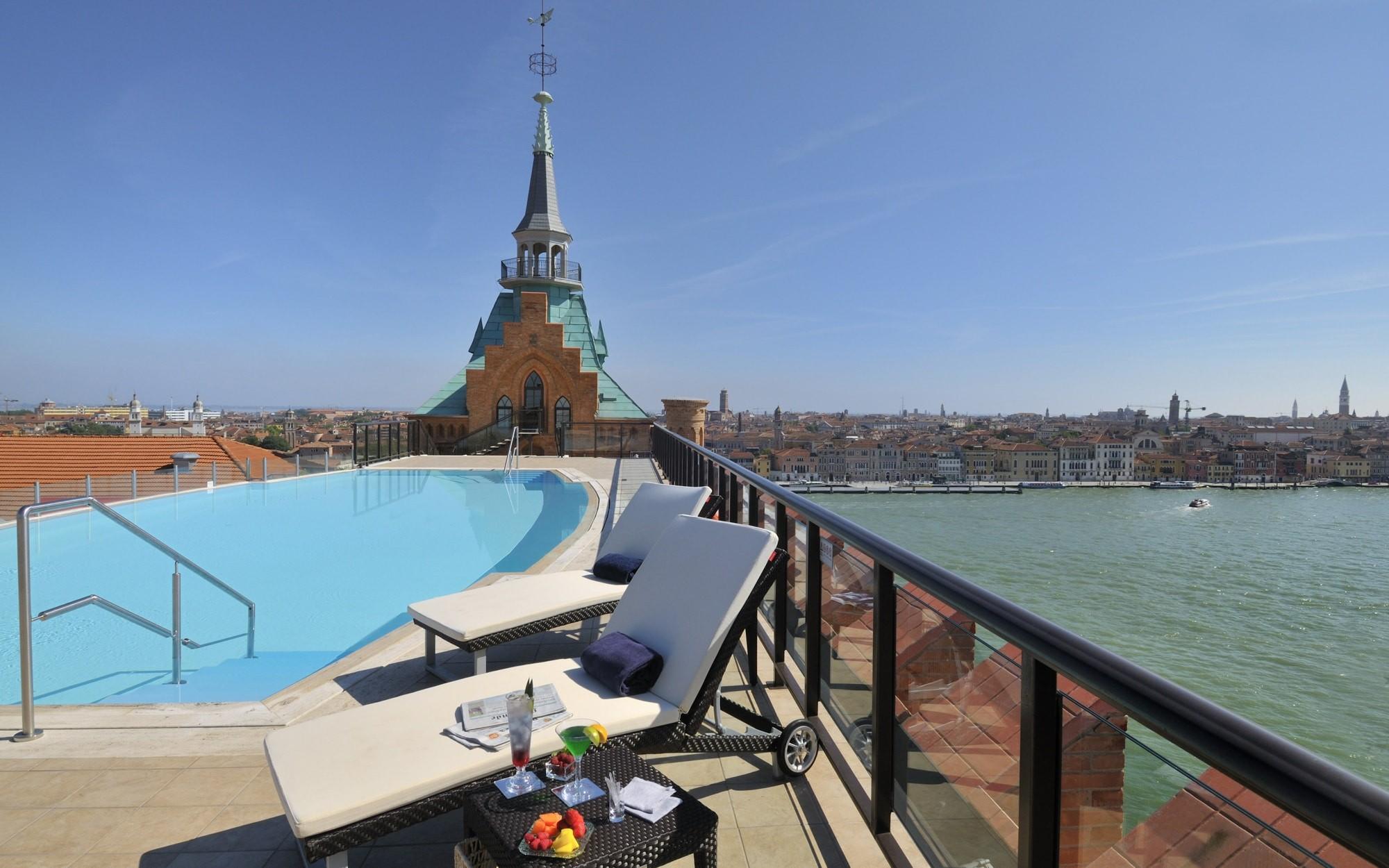 Hilton Hotel In Venice Italy Inspirational Hilton Molino Stucky Venice Hotel Review Italy